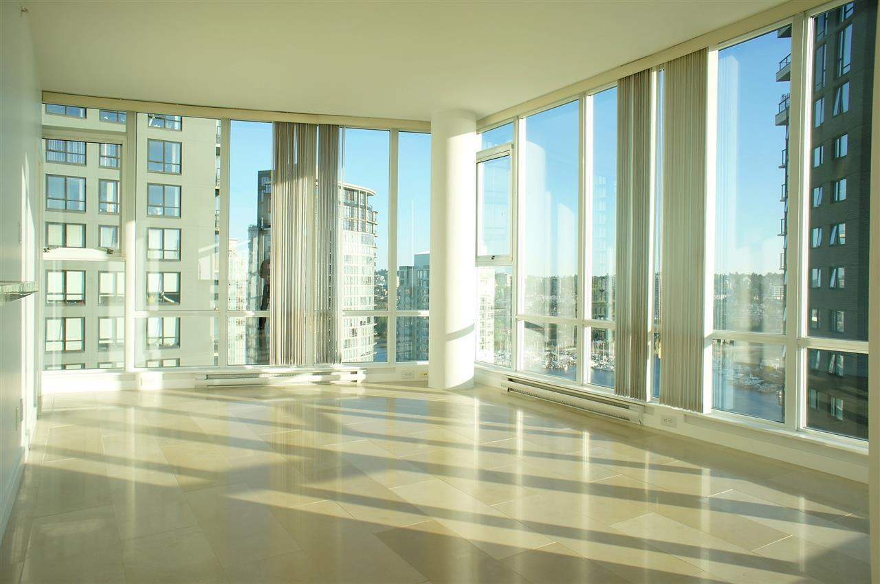550-pacific-street-yaletown-penthouse for sale