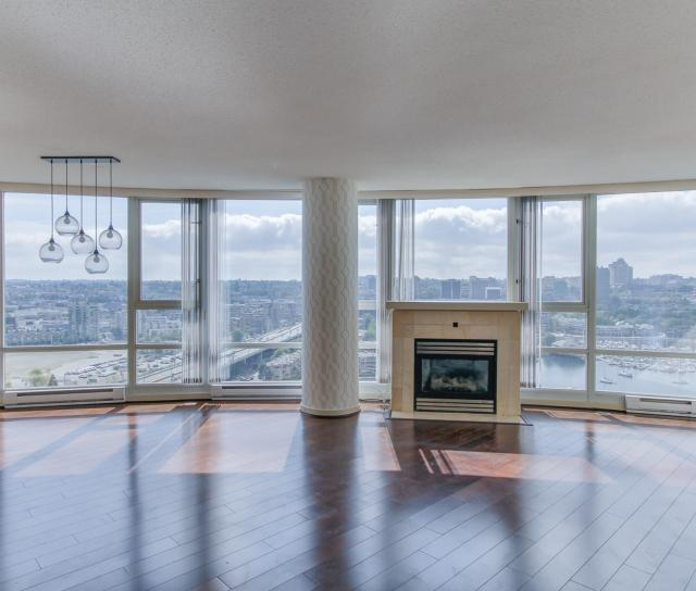 2706 - 1033 Marinaside Crescent, Yaletown, Vancouver West