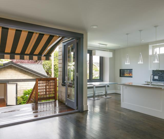 3233 W 3rd, Kitsilano, Vancouver West