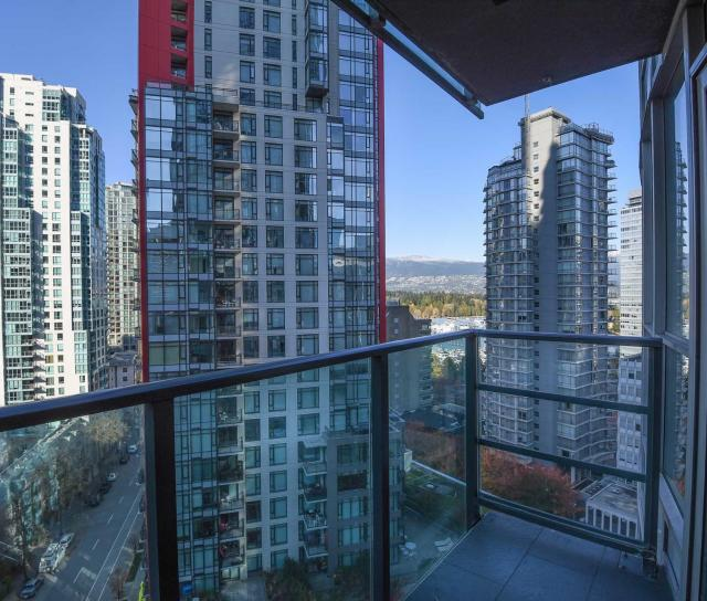 1607 - 1189 Melville, Coal Harbour, Vancouver West
