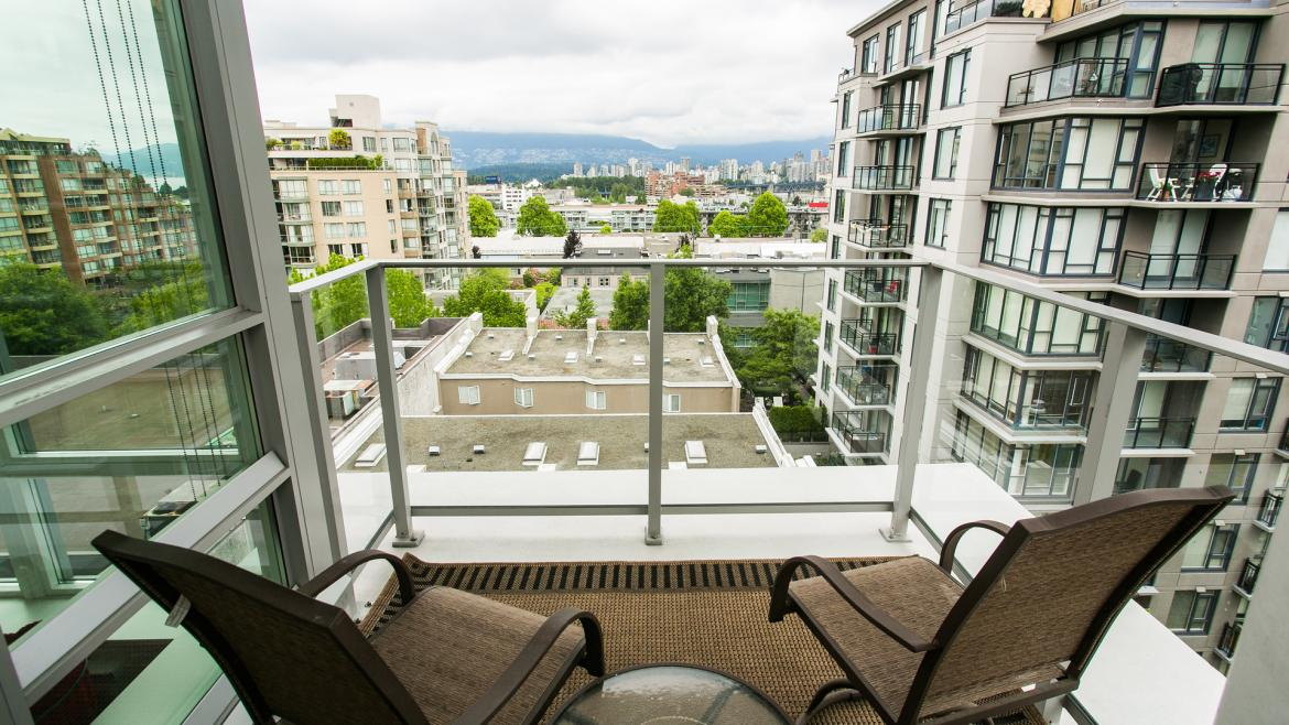 702 - 1675 West 8 Th, Fairview VW, Vancouver West