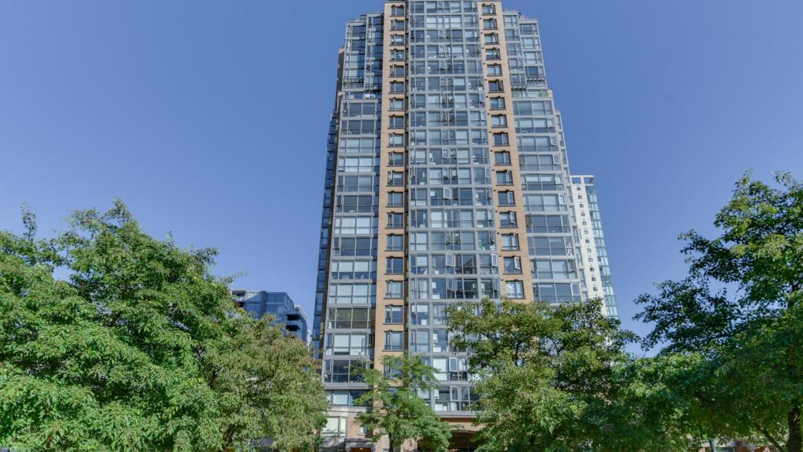 2303 - 1188 Richards Street, Yaletown, Vancouver West